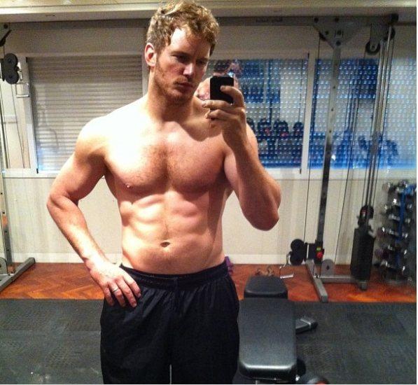 克里斯普萊特從肥胖諧星轉為肌肉猛男,曾在自己的Instagram上秀出壯照。圖/...