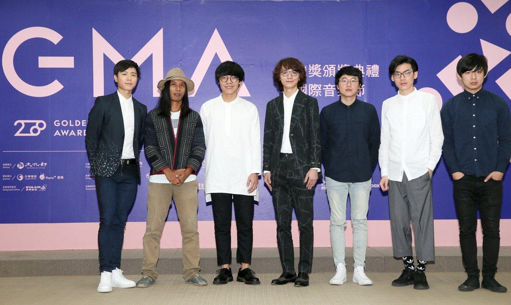 韋禮安(左起)、巴賴、盧廣仲、謝震廷與Hello Nico一起出席GMA 201...