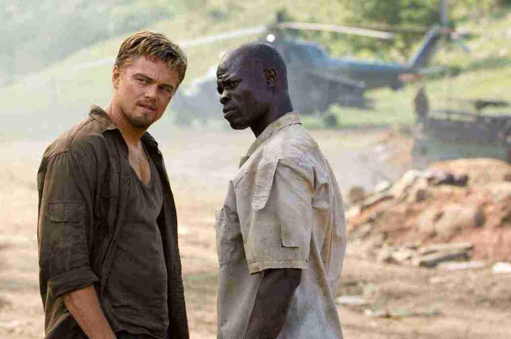 李奧納多主演的電影「血鑽石」,曝露非洲國家用廉價勞工採礦,與跨國鑽石商交易鑽石以...