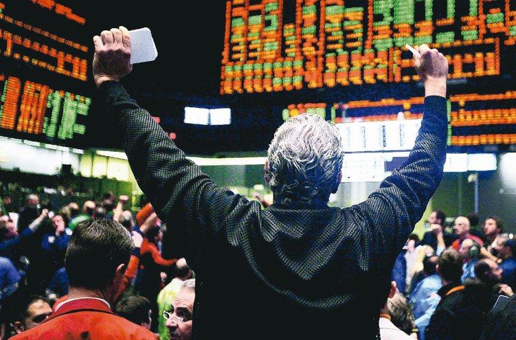 美國6月升息機率高,但經濟穩健擴張,股市支撐仍強,不過市場波動可能增加,分析師建...