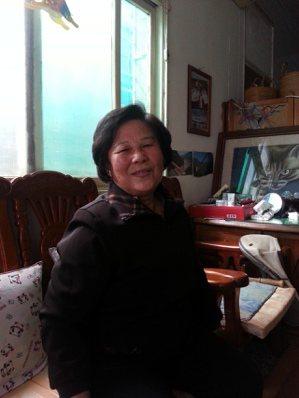 故事主角許香蘭阿嬷,藉著經營麵攤,獨立拉拔孩子長大。
