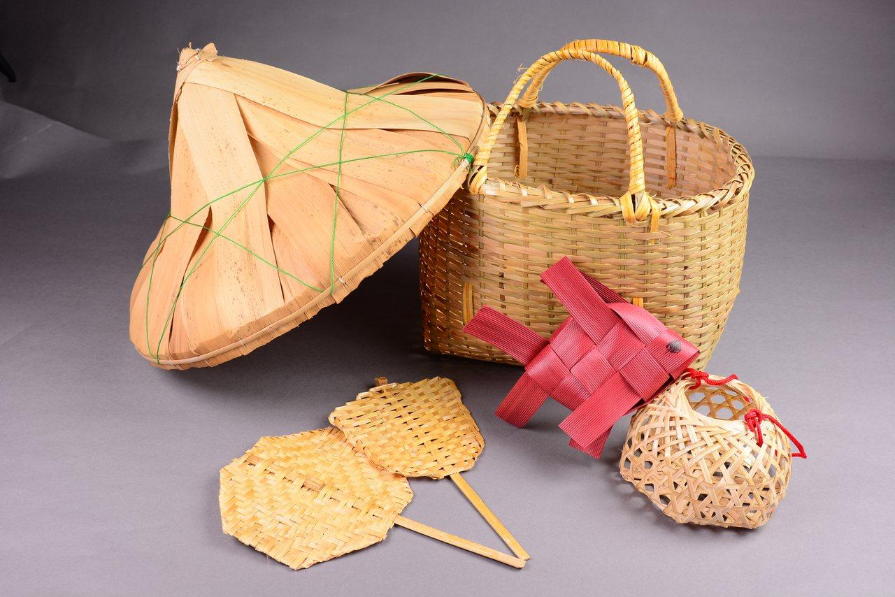 香蘭阿嬷的竹器作品。竹編除了是她維持家計的方式,也是一生的興趣。