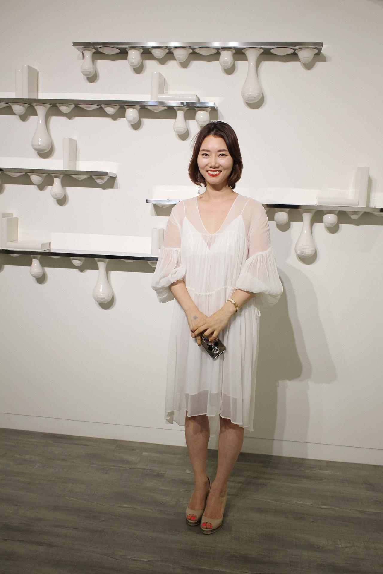 南韓陶瓷藝術家韓娥璼。圖/非池中藝術網攝。