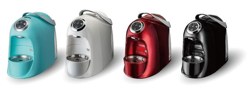 MR. BROWN Café膠囊咖啡機由伯朗與義大利攜手研發設計,機身輕巧,造型...