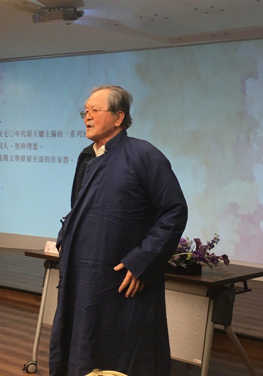 黃春明「文季」稿費 竟是這件棉袍