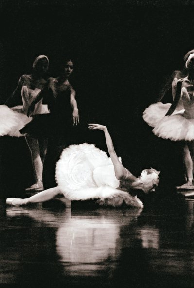 伊蓮娜.歌勒妮高娃演出白天鵝奧潔塔。 圖/聯合數位文創提供