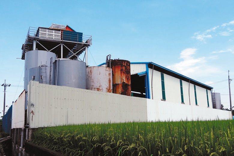 根據環境資訊協會統計,近3年來違章工廠新增速度約為每年750至850家,但各縣市...