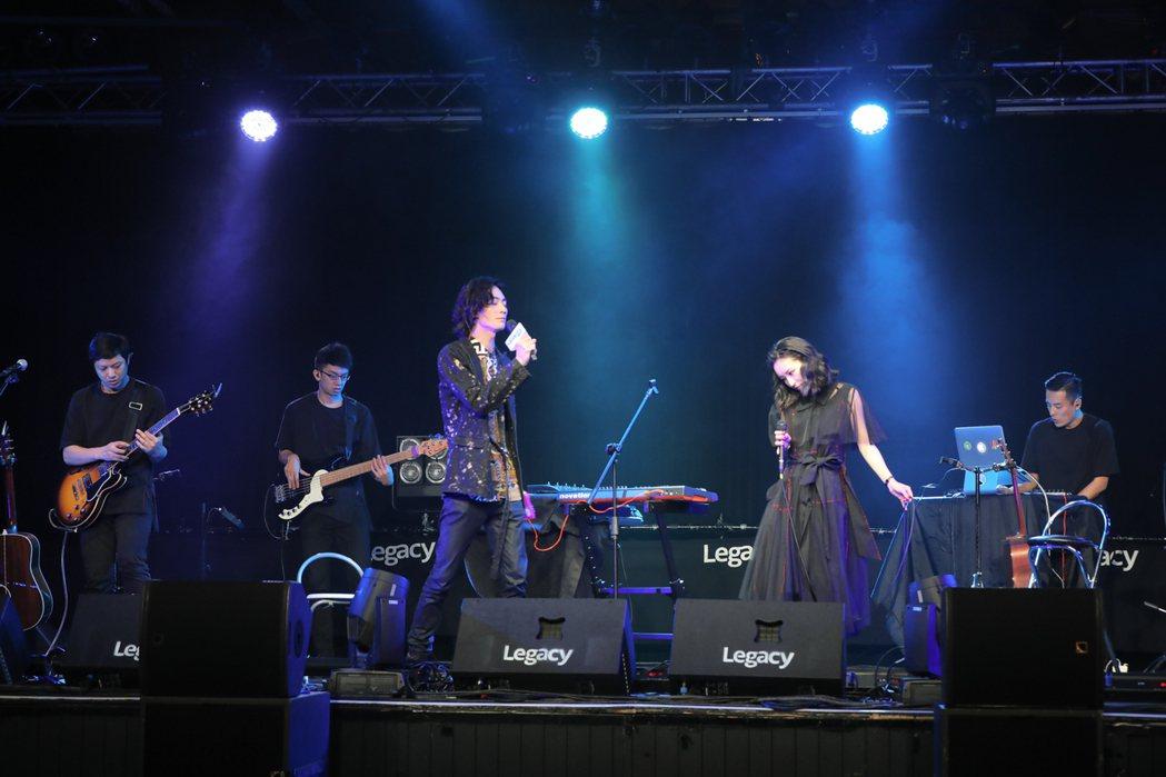 法蘭黛樂團開唱,找李英宏合唱。圖/非常棒提供