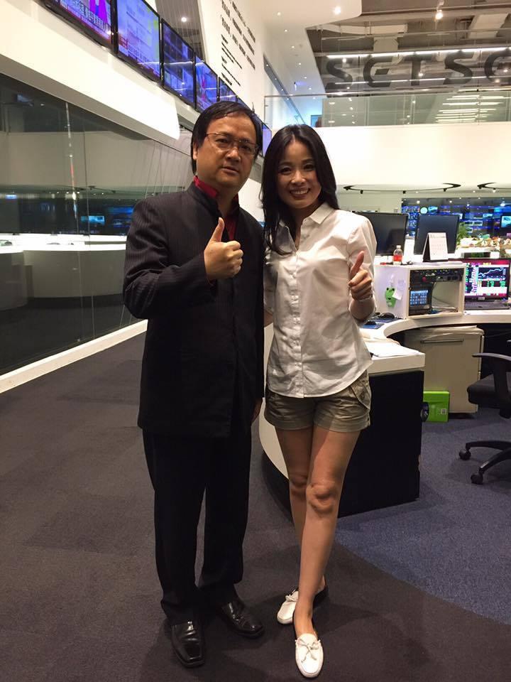 江柏樂和呂文婉在錄影棚相見歡。圖/摘自江柏樂臉書