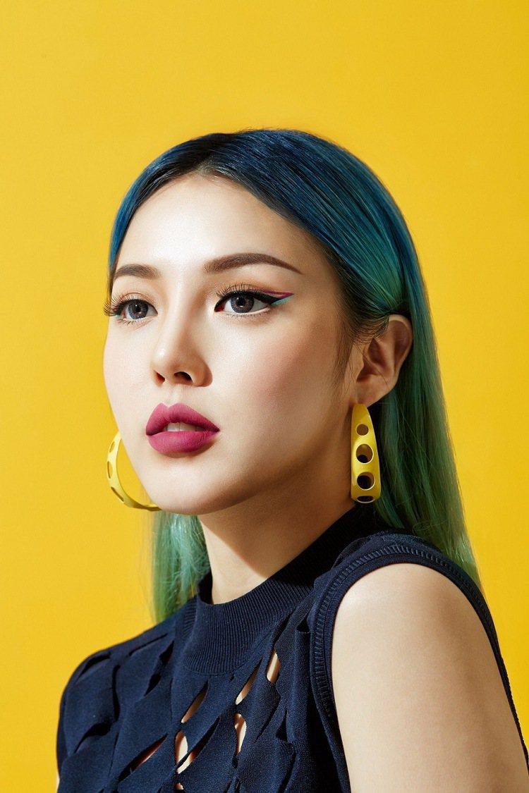 韓國美妝教主PONY自創品牌PONY EFFECT登台之後聲勢驚人。圖/PONY...