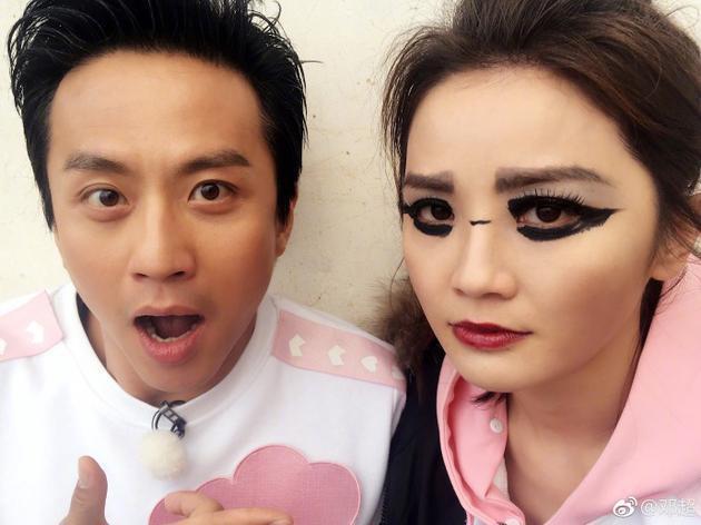 鄧超在微博展示他幫蔡卓妍畫的「歐美時尚妝容」。圖/取自微博