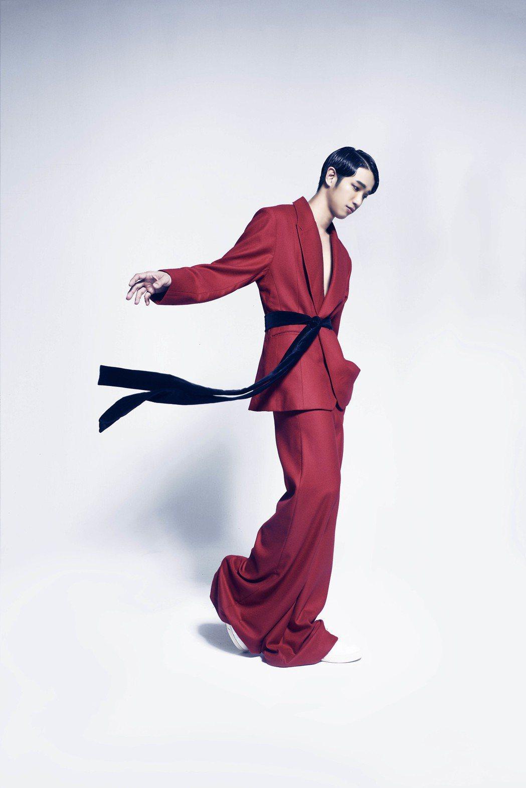劉以豪為璀璨之星拍攝形象廣告。圖/伊林提供