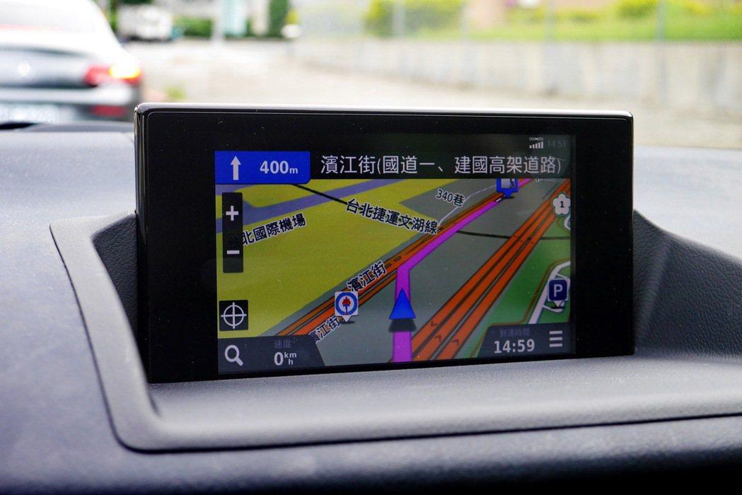 整合Garmin獨家導航介面,使用起來頗為熟悉。 記者陳威任/攝影
