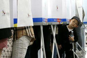 【再寫韓國】南韓總統大選中繼戰:不在籍投票與投票所時尚