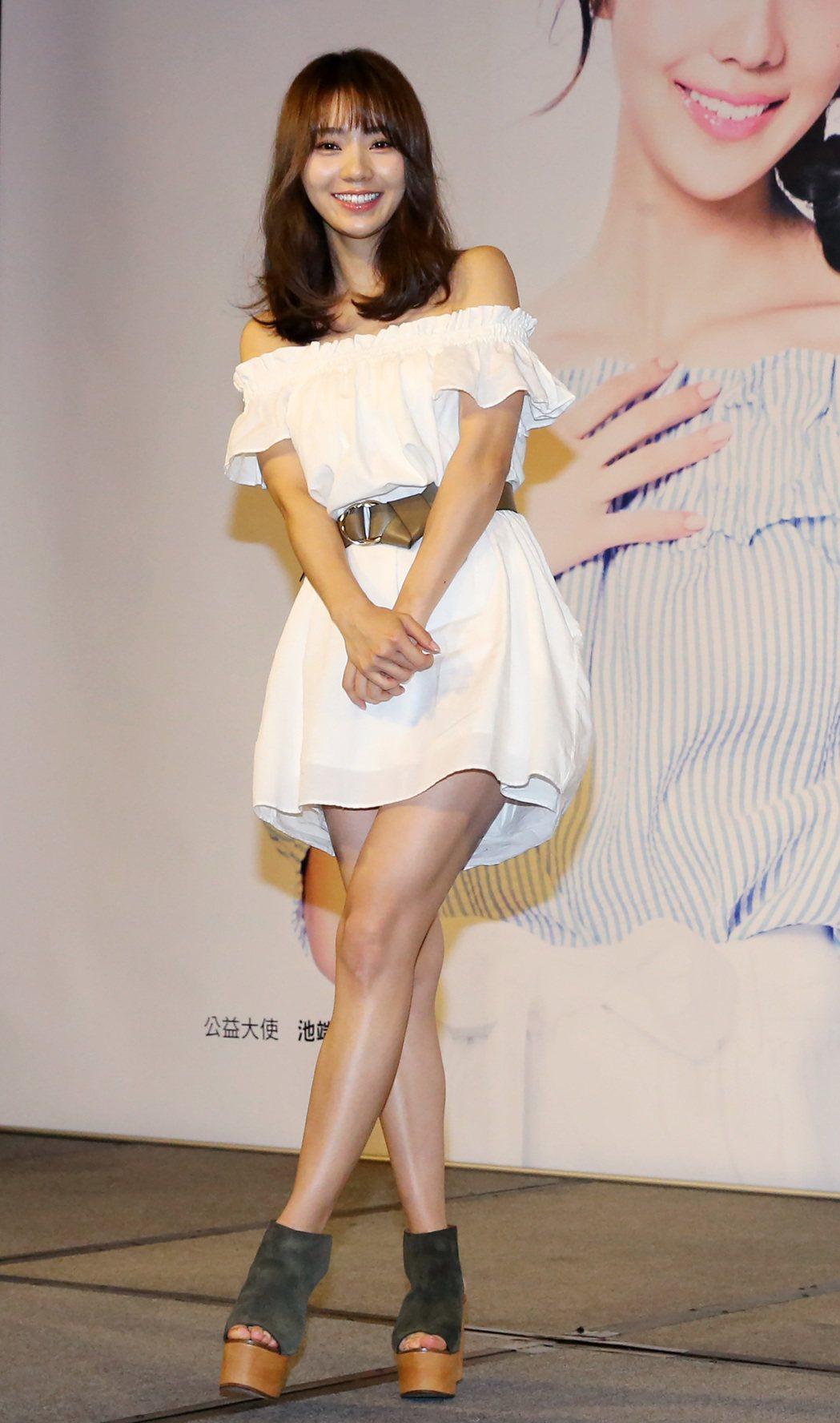 日本超模歌手池端玲名。記者胡經周/攝影