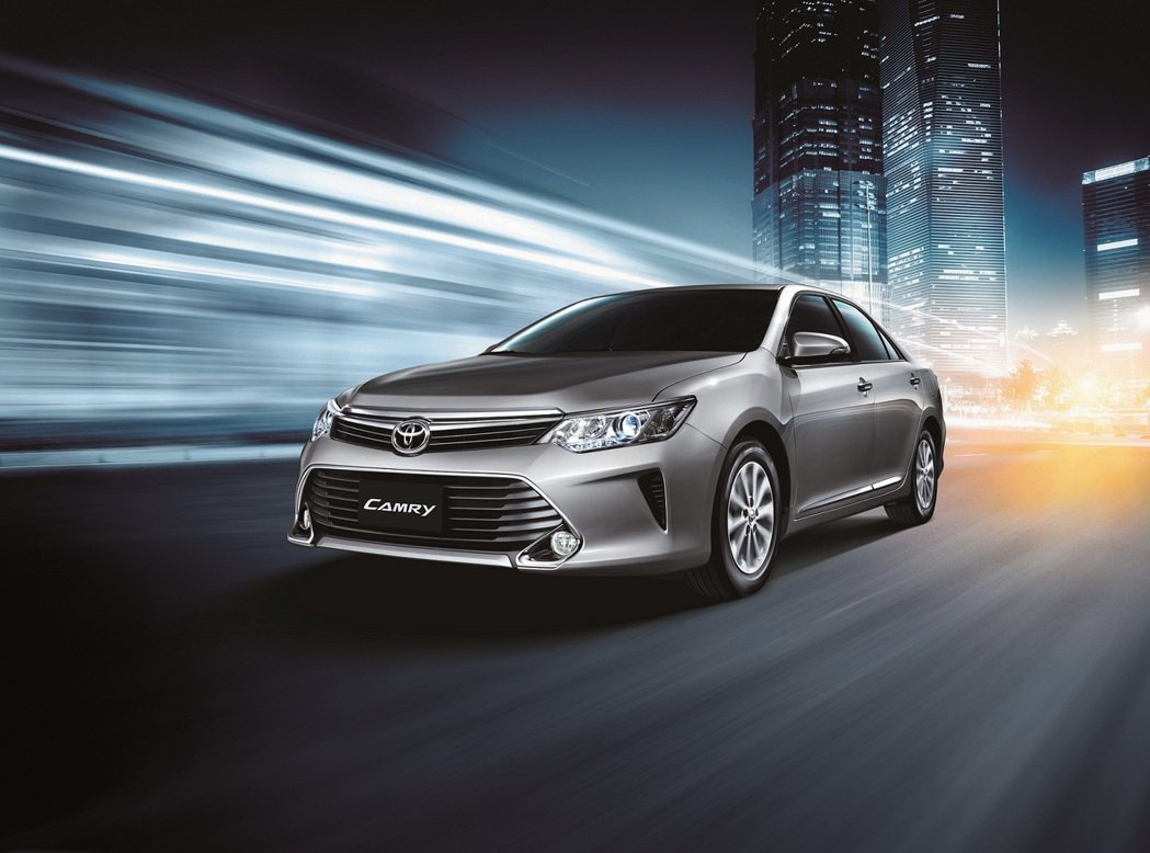 All New CAMRY 2.0L汽油版全新上市。圖/和泰汽車提供