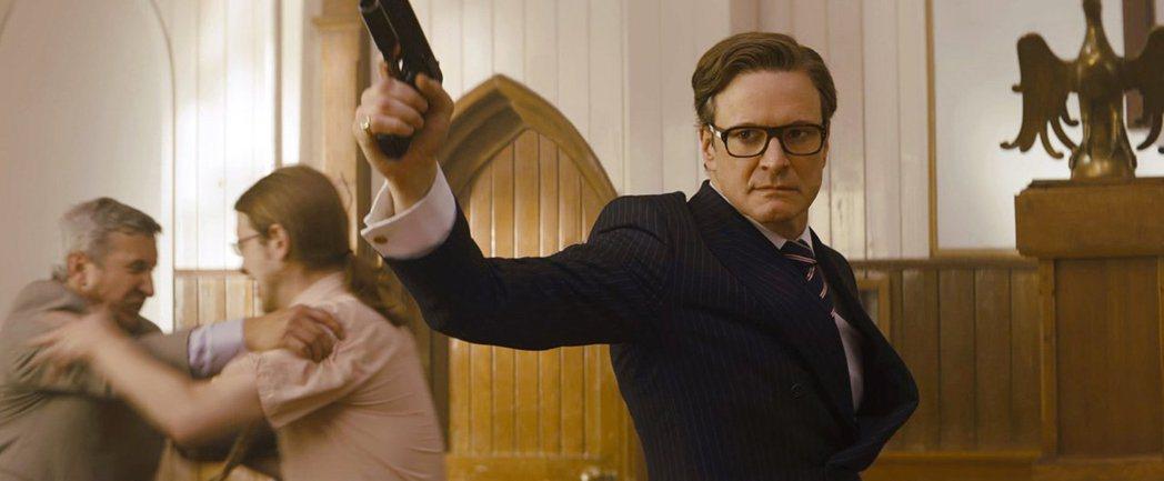 柯林佛斯走老運,以「金牌特務」成功轉型動作男星。圖/摘自imdb