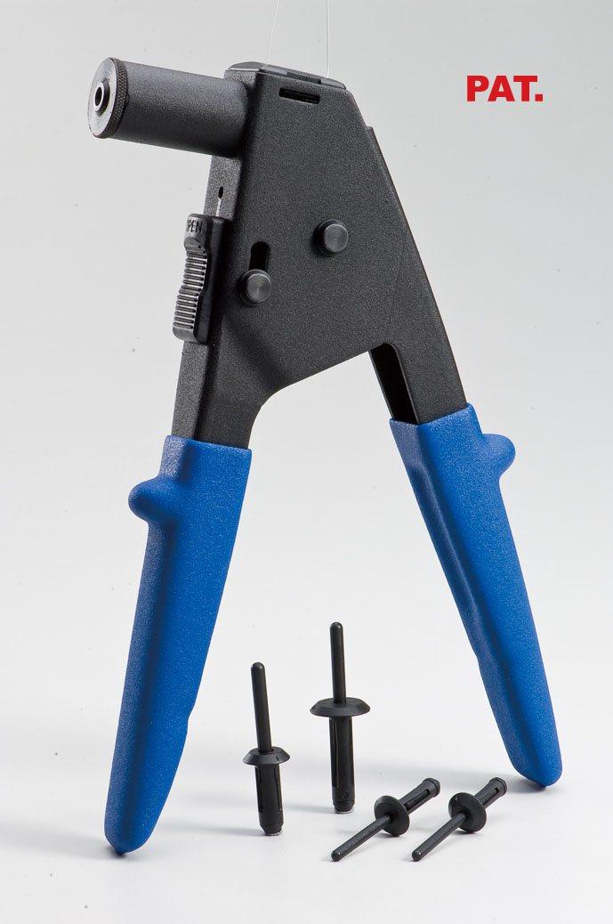 金鈦錩生產多項專利 塑膠拉釘槍 金鈦錩/提供