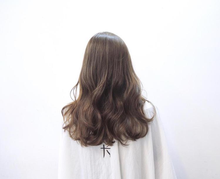 髮型創作/尤卡Hair Boutique-王豆綠。圖/HairMap美髮地圖提供
