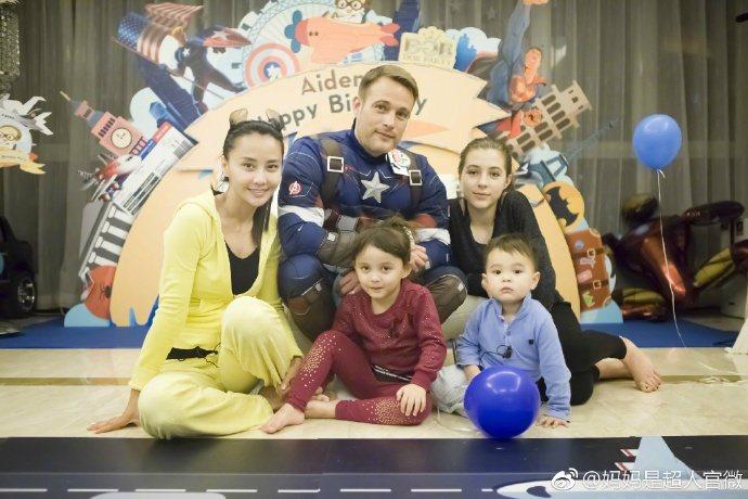 馬雅舒一家參與真人秀綜藝節目。圖/擷自媽媽是超人微博