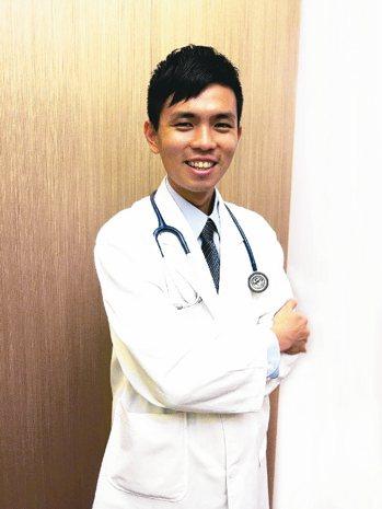 顏佐樺醫師認為正念飲食覺知訓練,可找到身體和健康之間的新平衡。 聯安診所/提供