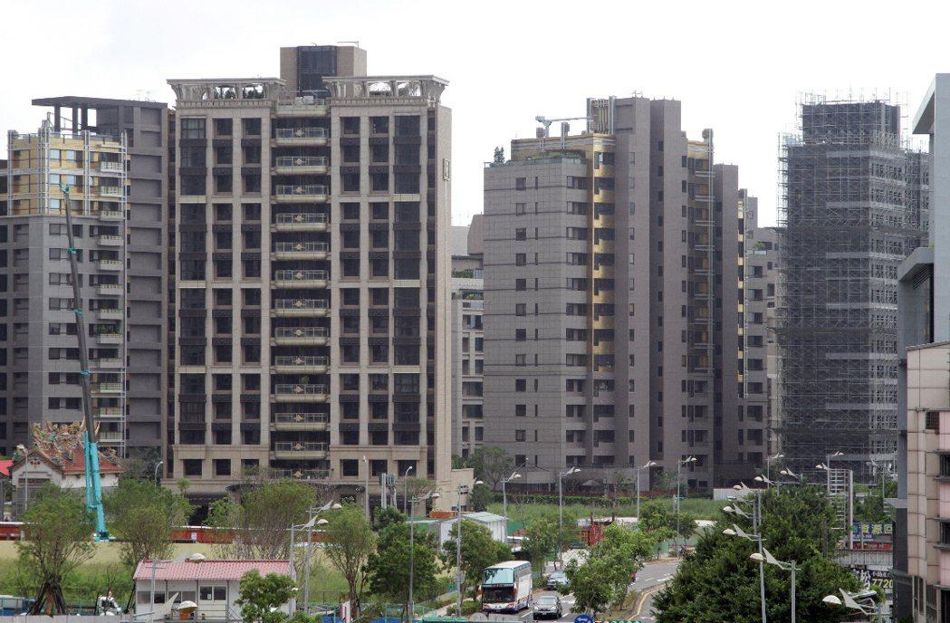 房仲業者表示,房市的買氣逐步回溫當中。 聯合報系資料照片/記者陳瑞源攝影