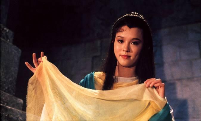 翁靜晶在「楊過與小龍女」中扮演小龍女。圖/摘自HKMDB