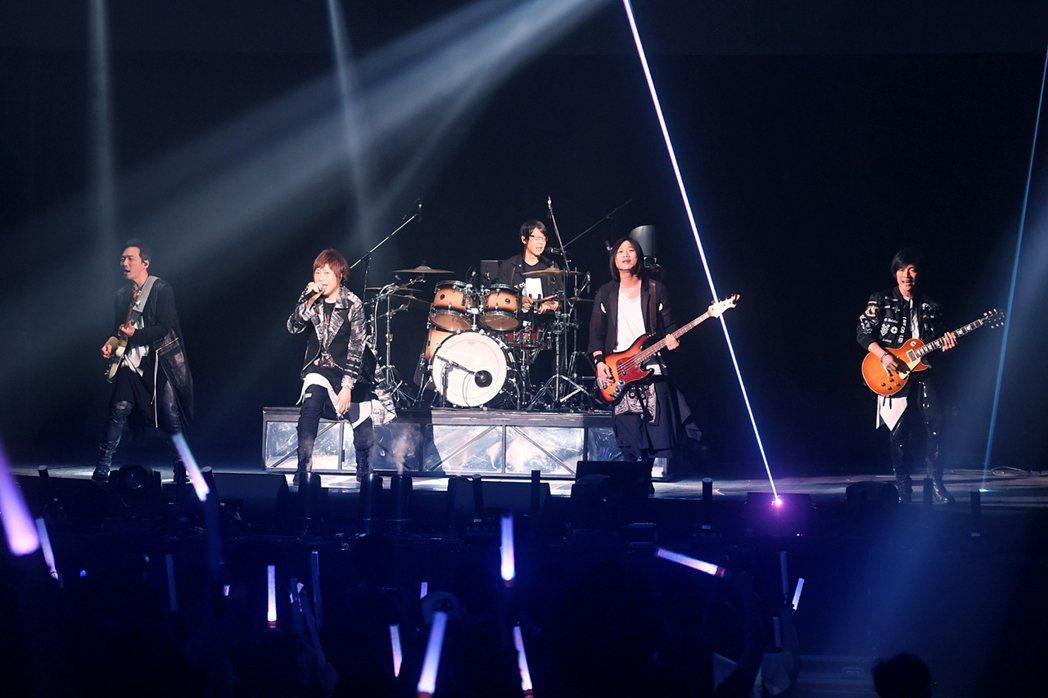 五月天第11度與香港粉絲完成「五月之約」。圖/相信音樂提供