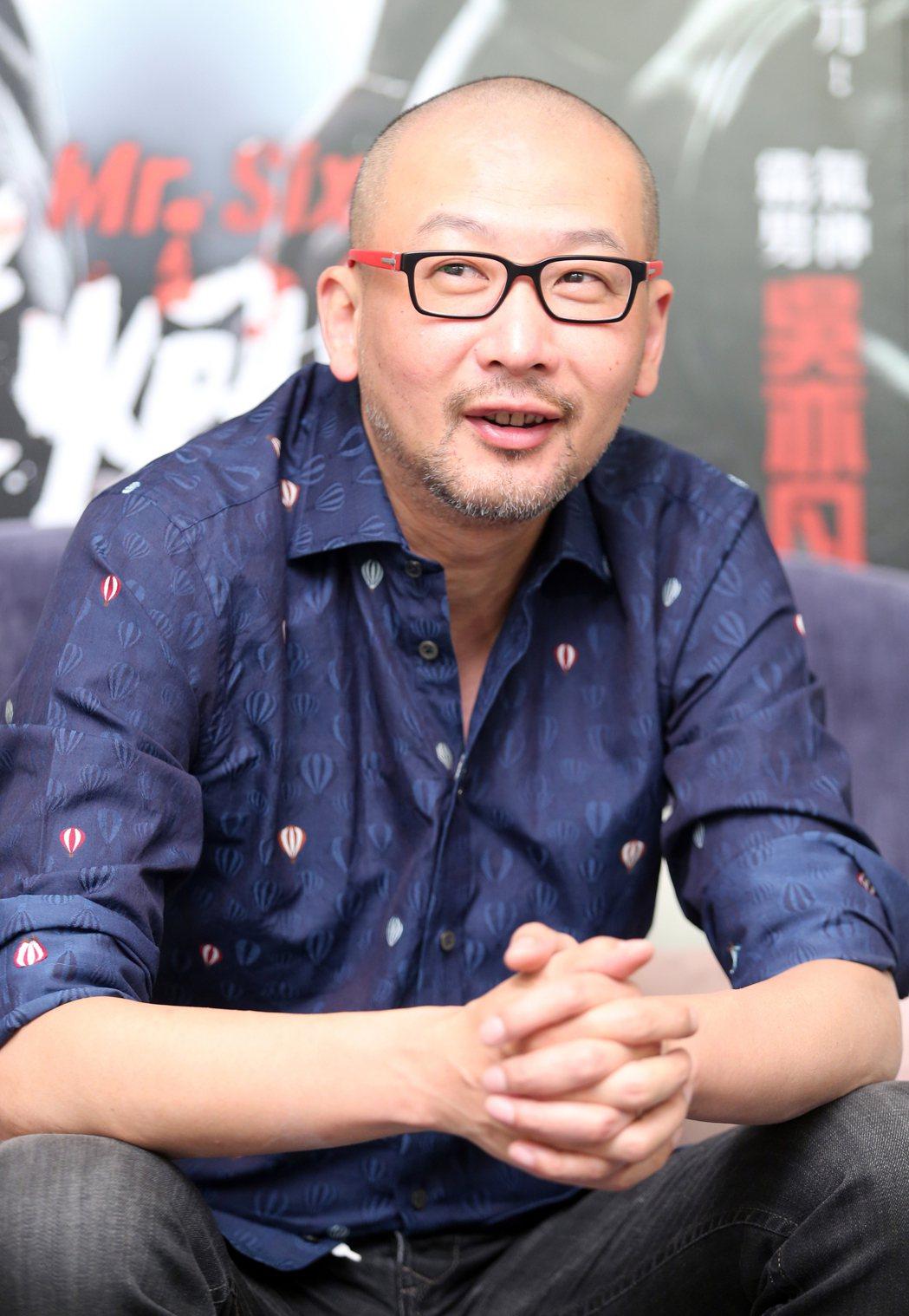 專訪中國大陸電影「老砲兒」導演管虎,暢談與主角馮小剛等人的精采對戲過程。記者許正...