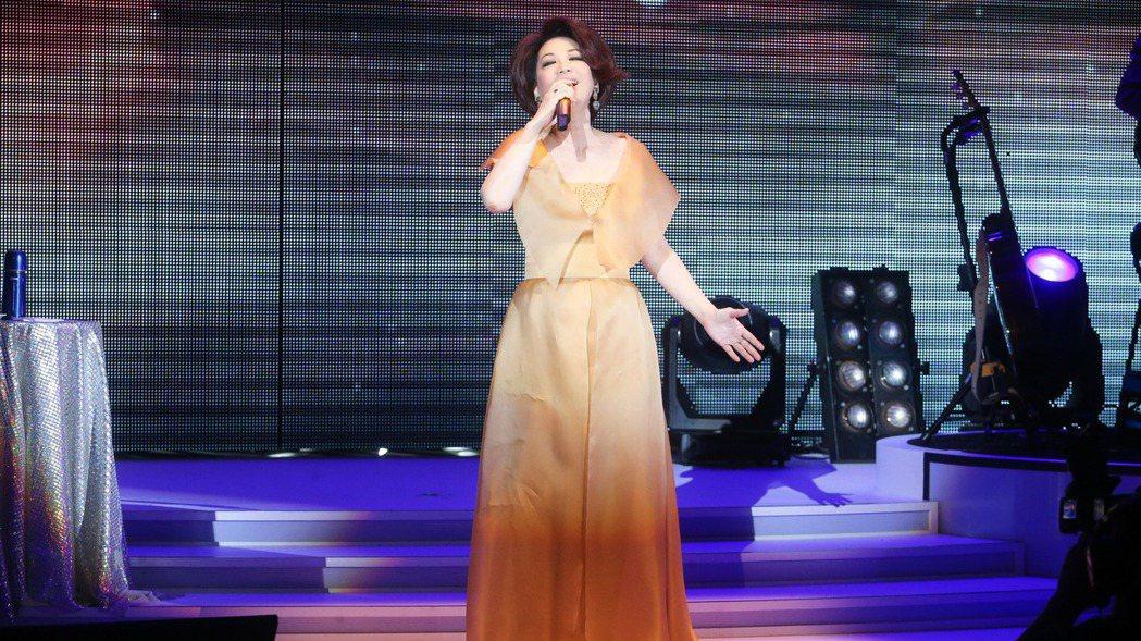蔡琴晚上在台北國際會議中心舉辦「百萬精華」演唱會。記者黃威彬/攝影