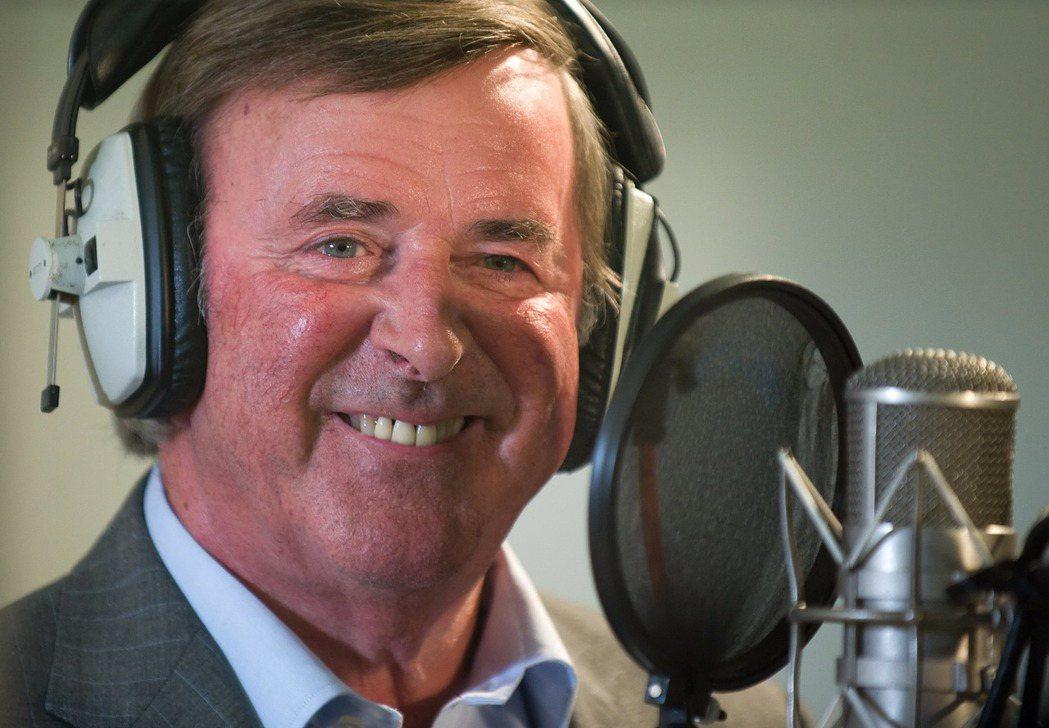 從1971年起,英國BBC的歐洲歌唱大賽轉播,都是由有國寶之稱的沃根爵士主持,一...