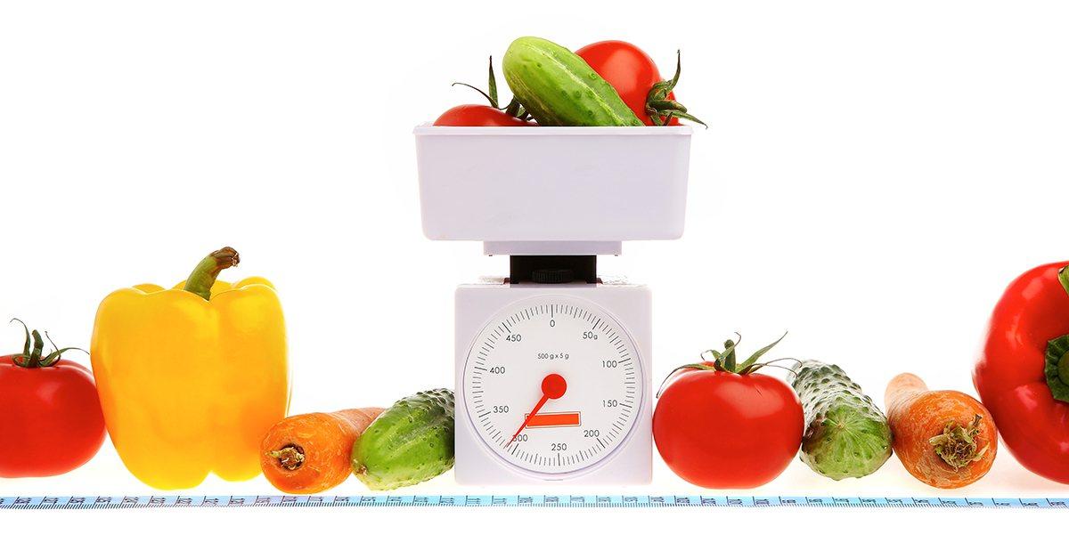很多人減重都會選擇素食,有些人甚至很極端的只吃蔬菜跟水果。這樣的做法是對的嗎? ...