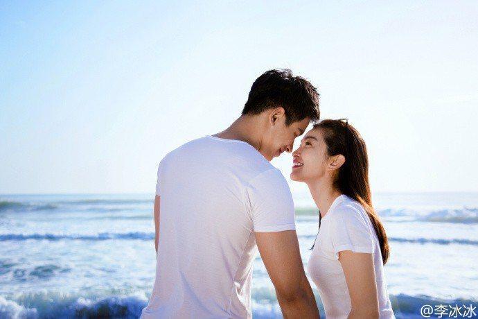 李冰冰年初才認愛男友許文楠,最近傳出有喜。圖/摘自微博