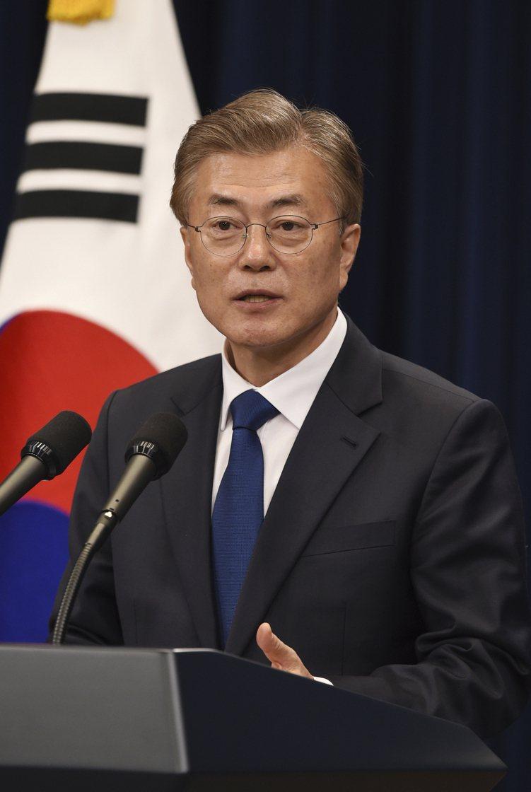 南韓新總統上任後有助解除政策面不確定性,尤其文在寅於外交政策態度較為溫和,其主張...