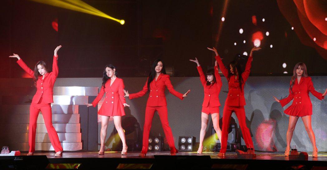 T-ARA於台大體育館舉行最後合體演唱會。記者陳立凱/攝影