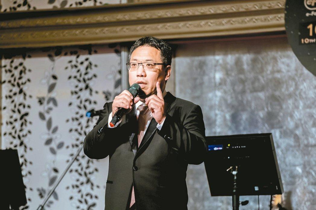 億鴻董事長張家豪