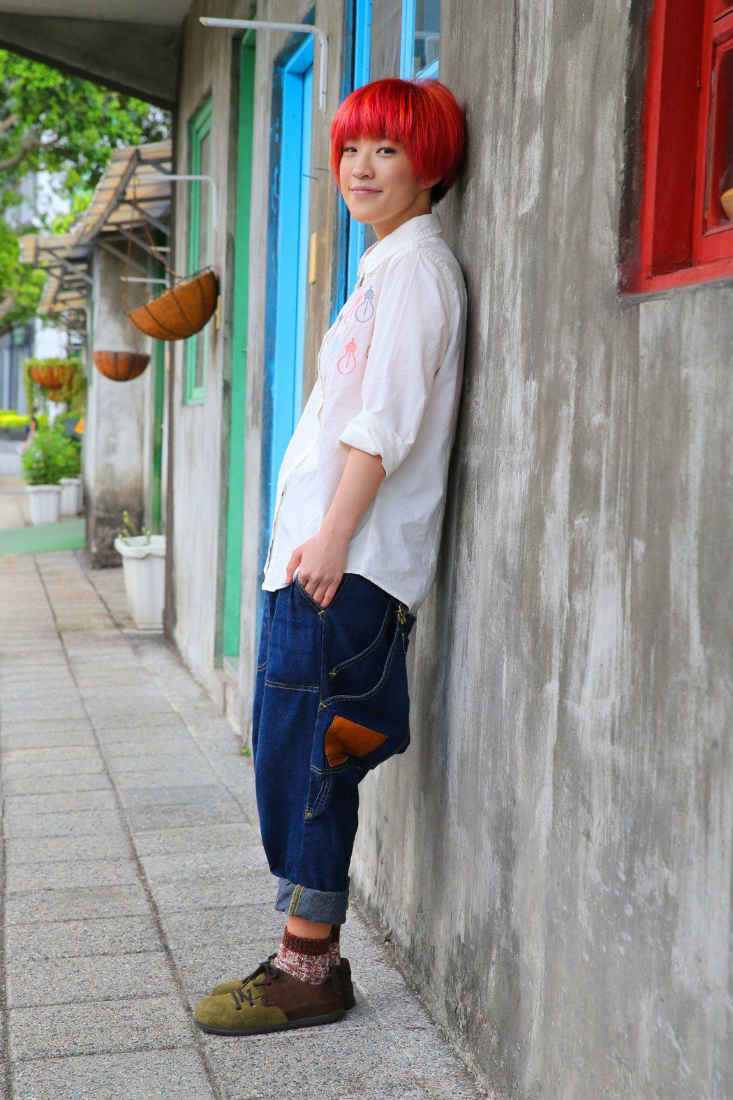 專訪獨立樂團「棉花糖」主唱「小球」莊鵑瑛。記者許正宏/攝影