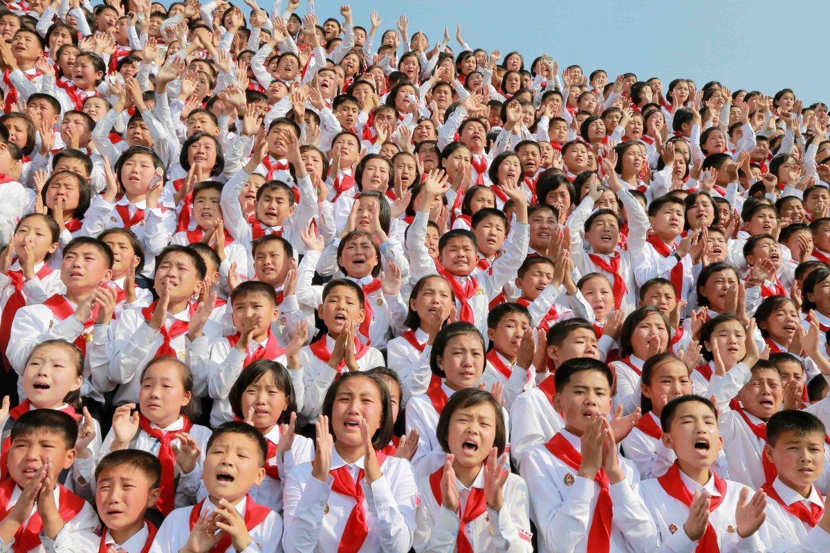 北韓最高領導人金正恩去年6月發起一項名為「我們是全球最幸福國家」的活動,慶祝朝鮮...