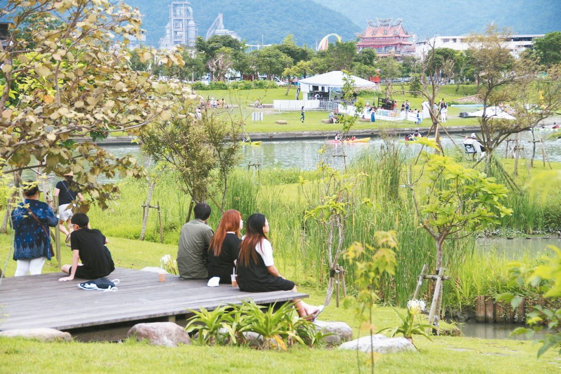宜蘭綠色博覽會首度移師冬山河畔生態綠舟,頗受好評,明年將在這裡續辦。 記者羅建旺...
