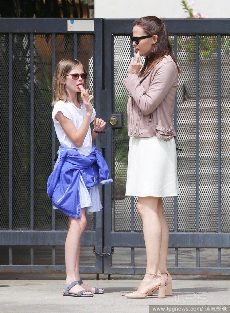大女兒 Violet、珍妮佛嘉納。圖/達志影像