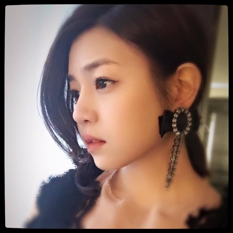 陳妍希曾在「珍愛林北」中與豬哥亮演出父女。圖/摘自臉書