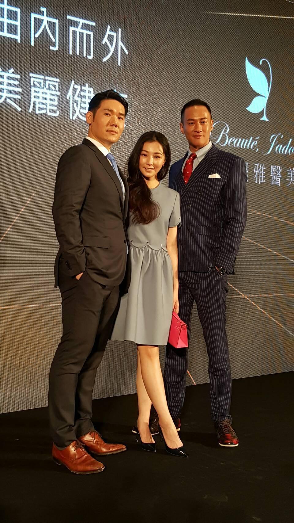 何潤東(右起)出席陳怡蓉老公薛博仁醫美產業記者會。記者杜沛學/攝影