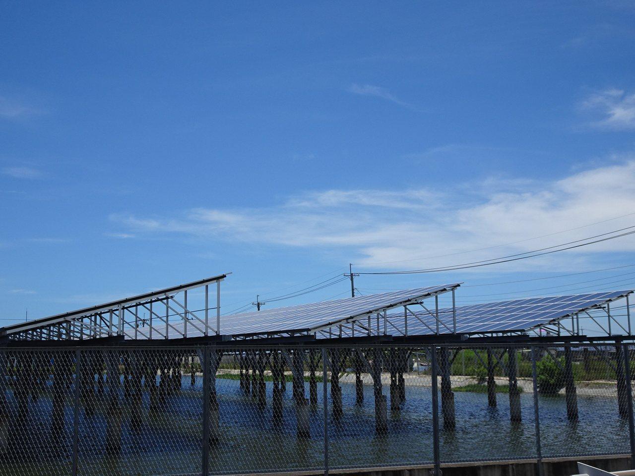 屏東縣近年積極發展綠能,全縣綠能容量已接近200mw。 圖/本報資料照片