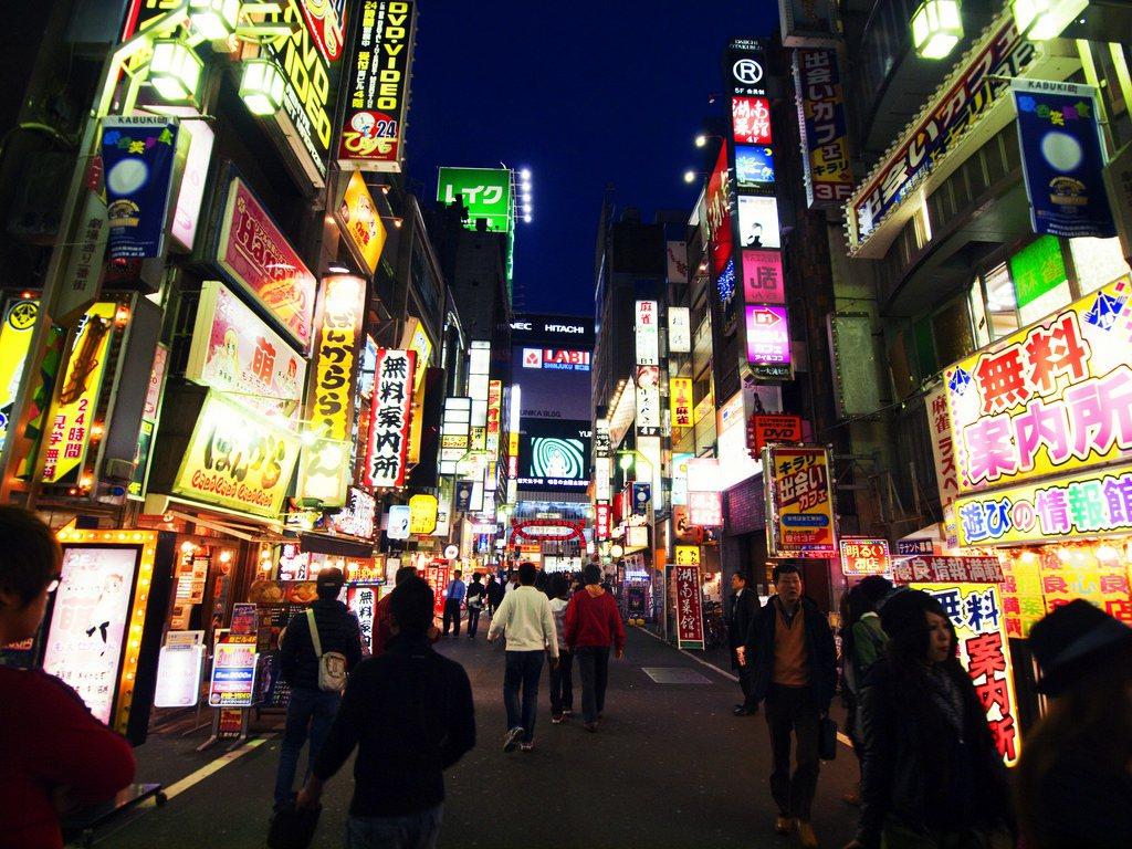 新宿商圈。圖/摘自 Kevin Poh Flickr