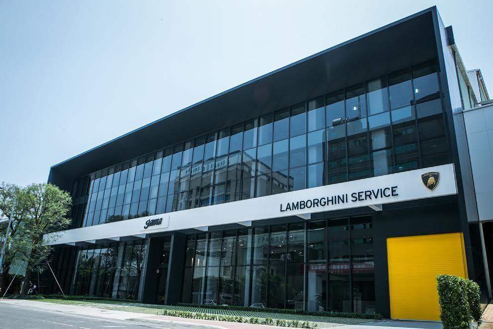 今年度三月與五月舉行的亞太區技術訓練活動,Lamborghini原廠選擇在高雄服...