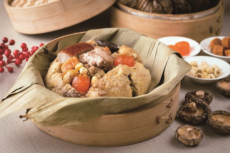 餡料豐富的港式裹蒸粽,為每年熱銷款。 大倉久和/提供