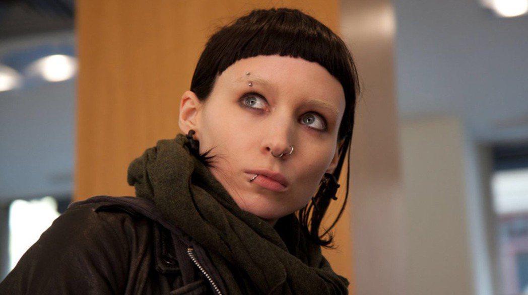 魯妮瑪拉曾因主演美國版「龍紋身的女孩」入圍奧斯卡影后。圖/摘自imdb