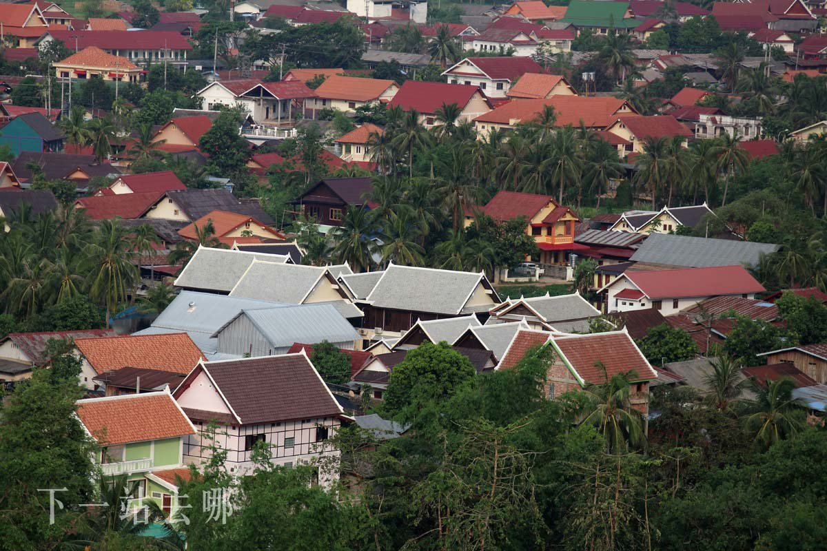 鳥瞰龍坡邦街景。