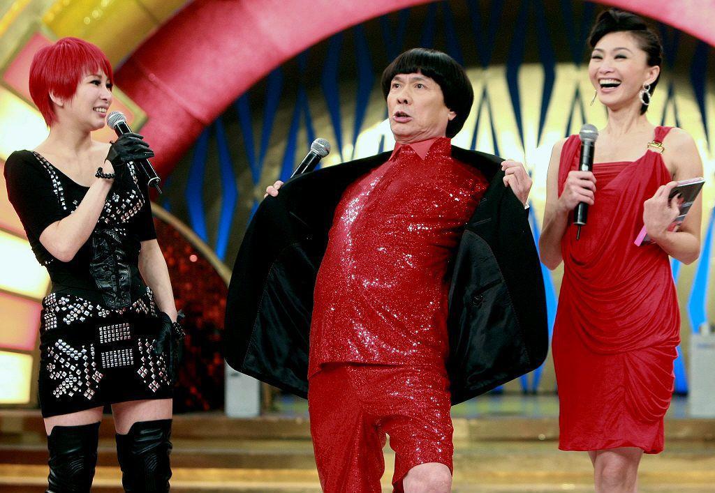 豬哥亮於2009年重新復出演藝圈後,仍然大量複製過去嘲笑大家樂的笑點。 圖/聯合報系資料照