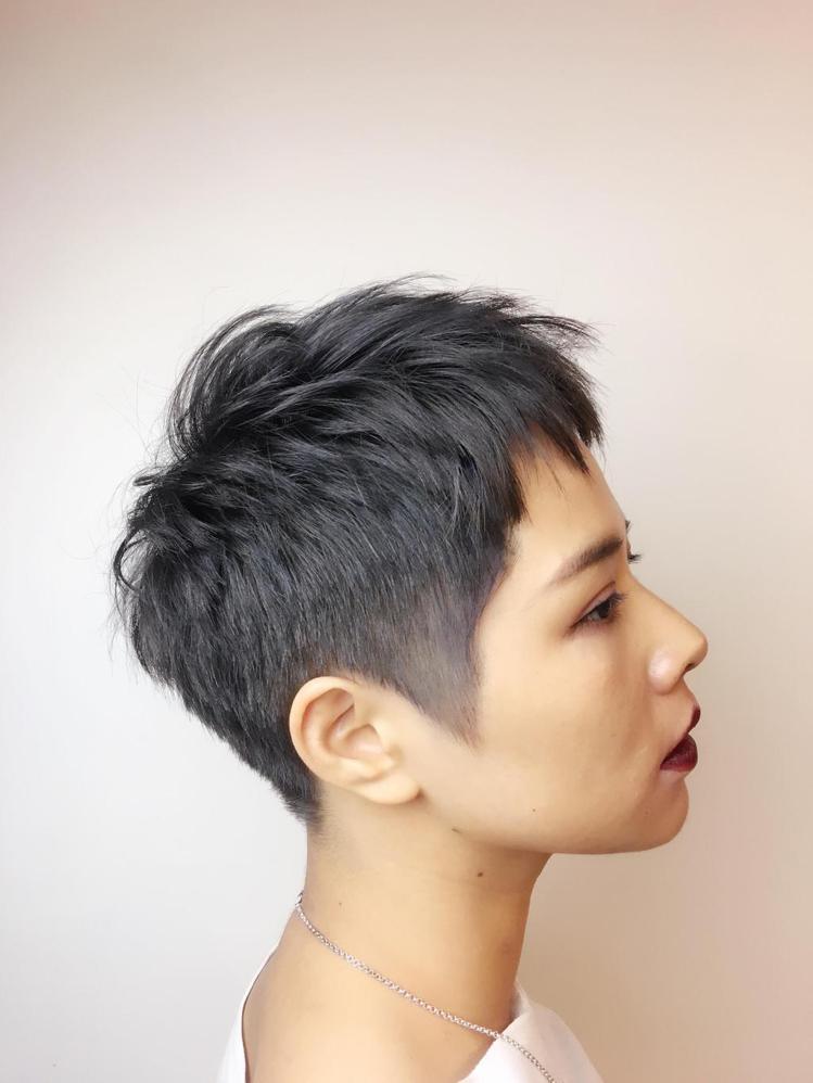 髮型創作/Adacasa hair salon 概念店-潘。圖/HairMap美...